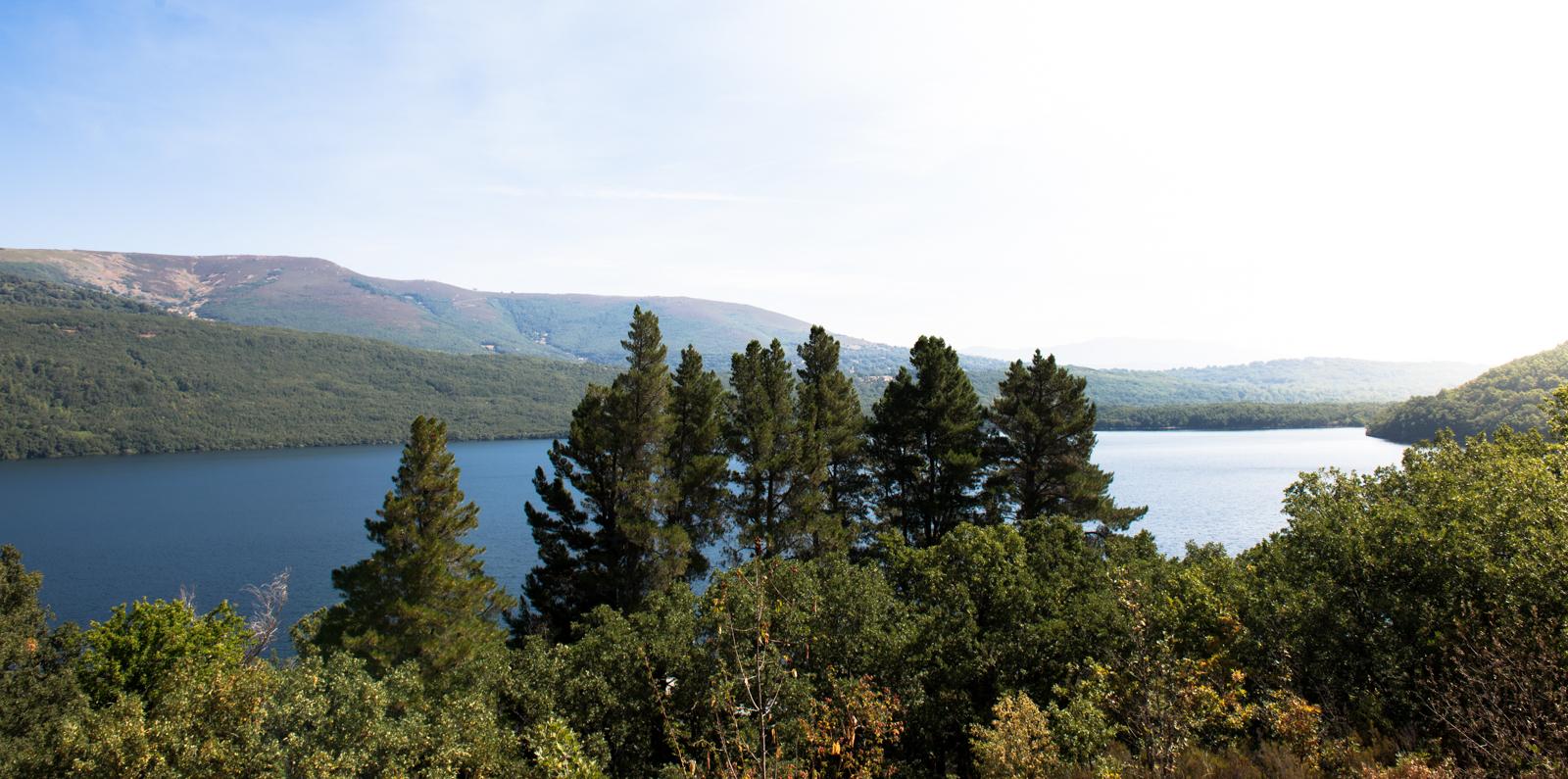 Lago_de_Sanabria-1.jpg