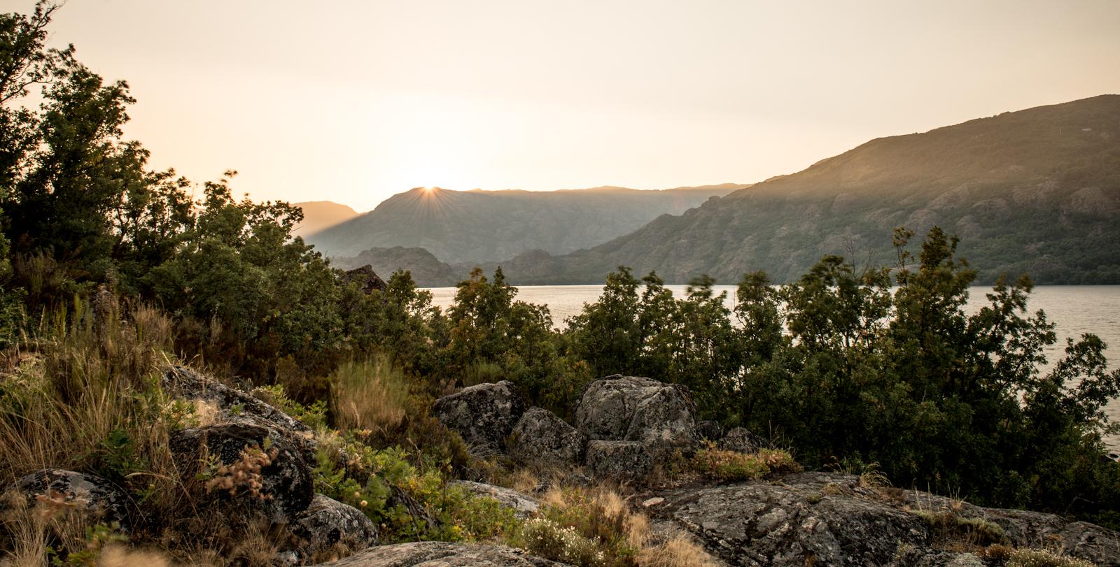 Lago_de_Sanabria-24.jpg